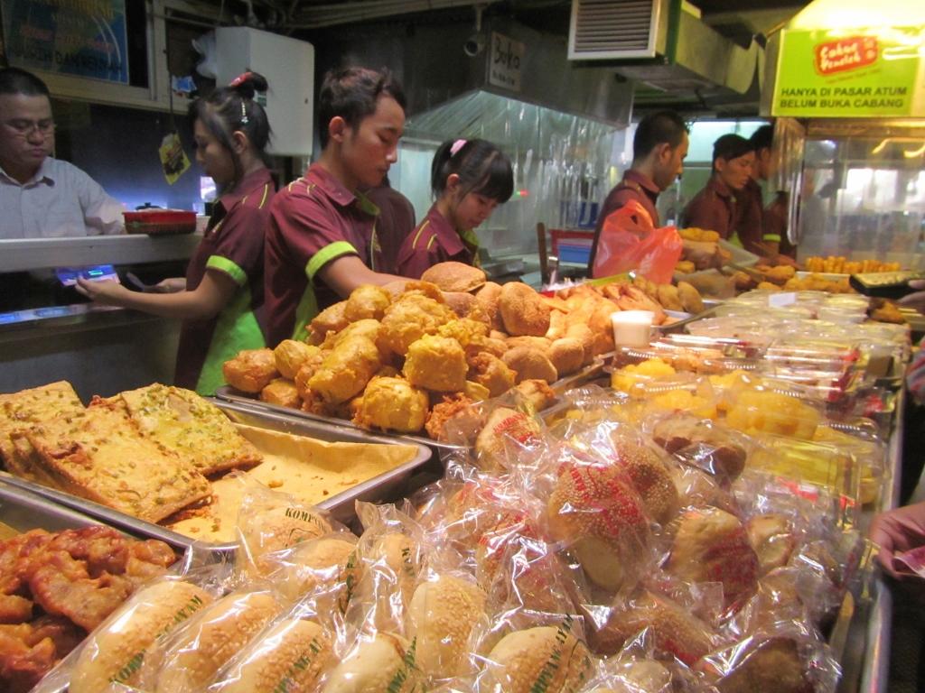 cemilan at Pasar Atom