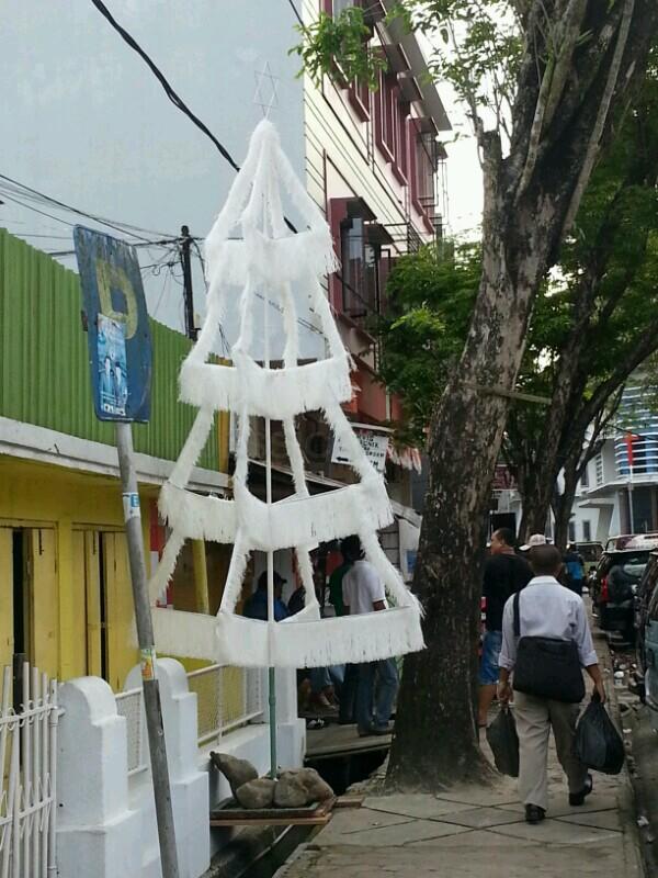 nuansa natal di sekitar Kota Ambon