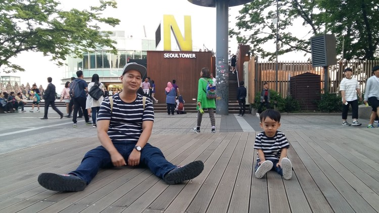 chillin at Namsan Tower
