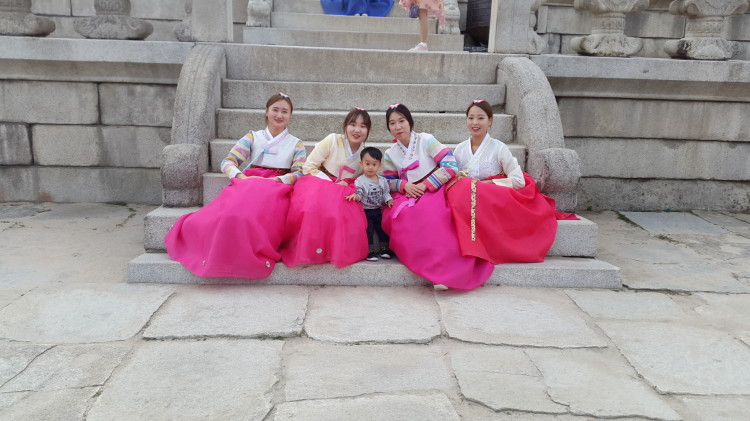 hanbok in Korea