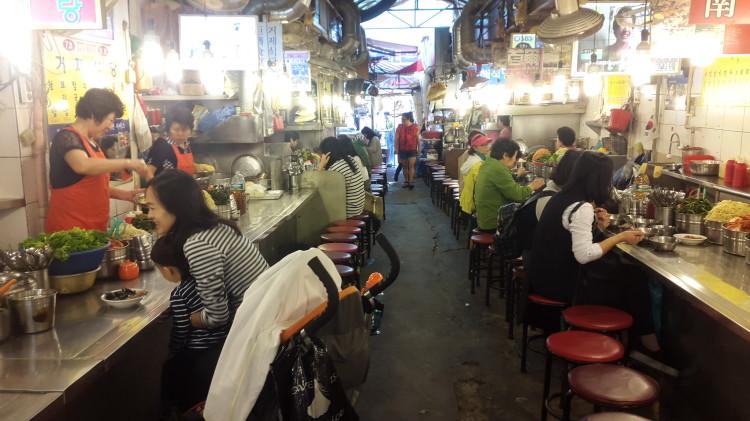 namdaemun noodle alley